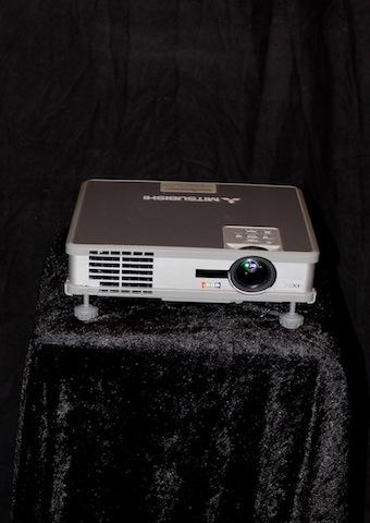 Projektor TV/Data/Video, Hitachi