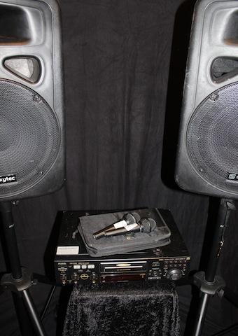 Karaokespelare med ljudanläggning