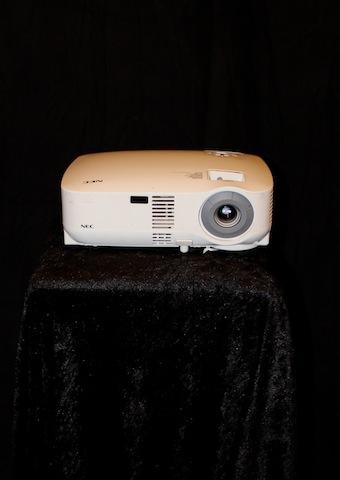 Projektor TV/Data/Video, NEC