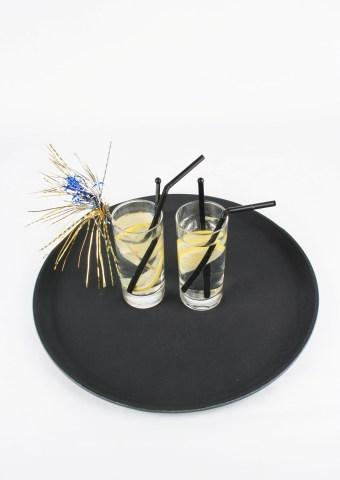 Serveringsbricka, svart rund